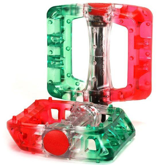 odyssey twisted clear green red e1548625783548
