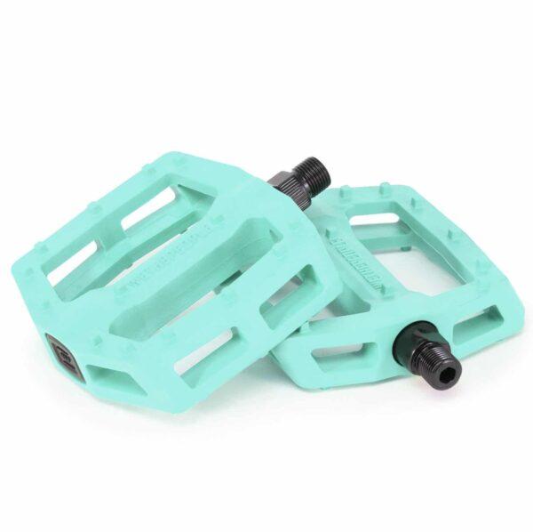 WTP Logic pedal pastel green 01 e1549711716602